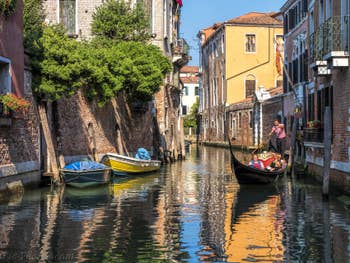 Gondole Rio San Giacomo dall'Orio à Venise.