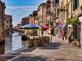 Le Rio et la Fondamenta de la Misericordia, dans le Cannaregio à Venise.
