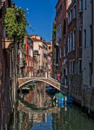 Le pont et le Rio del Malpaga, dans le Dorsoduro à Venise.