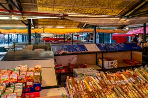 les étals de l'Erbaria au marché du Rialto