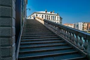 le pont du Rialto et le palazzo dei Camerlenghi