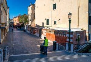 La Strada Nova vue depuis le pont de San Felice, dans le Sestier du Cannaregio à Venise