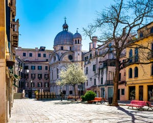 Coronavirus Covid-19 à Venise : L'église Santa Maria dei Miracoli et le Campo Santa Maria Nova dans le Sestier du Cannaregio