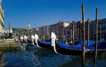 Mais super ciel bleu, au même endroit Riva del Vin cet après-midi à Venise ! La magie vénitienne !