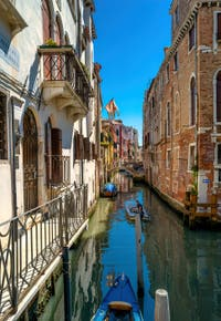 Le Rio de San Giovanni Laterano et le pont de l'Ospealeto dans le Sestier du Castello à Venise.