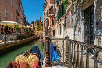 Le Rio de San Provolo et la Fondamentina de l'Osmarin dans le Sestier du Castello à Venise.