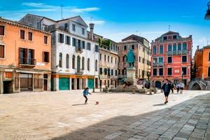 Le Campo Manin, dans le Sestier de Saint-Marc à Venise.