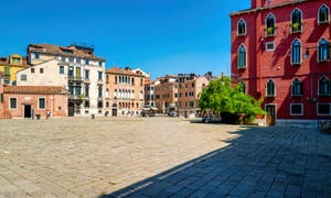 Le Campo Sant' Anzolo, dans le Sestier de Saint-Marc à Venise.