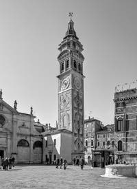 Le Campo et le Campanile de Santa Maria Formosa dans le Castello à Venise.