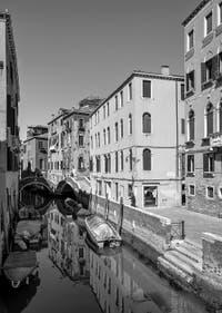 Le Rio del Mondo Novo et la Fondamenta dei Preti et son pont dans le Castello à Venise.