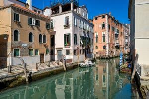 Le Rio de San Lorenzo dans le Castello à Venise.
