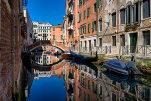Le Rio de San Severo et le pont Novo dans le Castello à Venise.