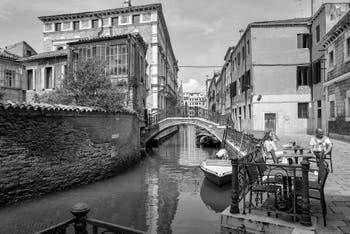 Le Rio, le pont et le Campo San Severo, dans le Castello à Venise.