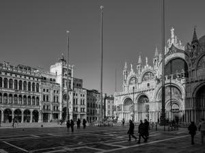 La place Saint-Marc et la Basilique à Venise.