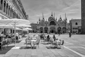 La Place Saint-Marc et sa Basilique à Venise.
