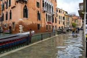 Acqua Alta de Novembre 2019 à Venise, la Fondamenta de l'Osmarin dans le Castello à Venise.