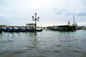 Acqua Alta de Novembre 2019 à Venise, la Riva degli Schiavoni dans le Castello à Venise.