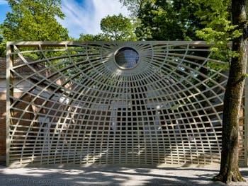 Martin Puryear, Swallowed Sun Monstrance and Volute, Biennale d'Art Venise 2019