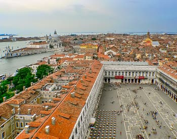 La vue depuis le Campanile de Saint-Marc à Venise