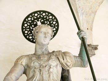 Statue de saint Théodore sur la colonne de la Piazzetta San Marco à Venise