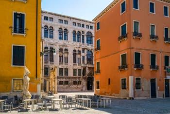 Le Campo Santo Stefano dans le Sestier de Saint-Marc à Venise.