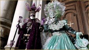 Masques et costumes au Carnaval de Venise.