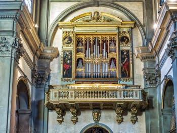 Orgue d'Onofrio Zeffirini da Cortona de 1558, église de la Badia Fiorentina à Florence Italie