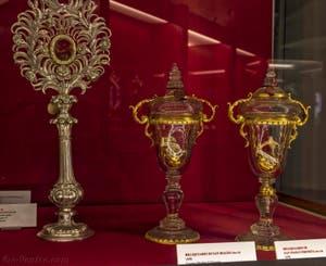 Reliquaire de saint Blaise et saint Paul Ermite Crypte de la chapelle Médicis à Florence en Italie