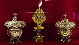 Reliquaire de saint Cosme Crypte de la chapelle Médicis à Florence en Italie