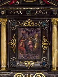 Reliquaire du couronnement de la Vierge Trésor chapelle Médicis à Florence en Italie