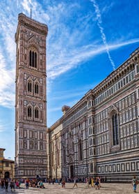 Le Campanile de Giotto Piazza del Duomo à Florence en Italie