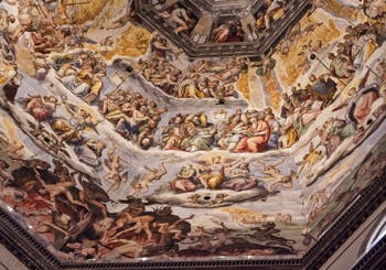 Les fresques de Giorgio Vasari dans la Cathédrale Santa Maria del Fiore à Florence en Italie