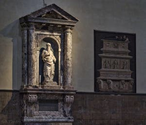 Statue prophète Isaïe de la Cathédrale Santa Maria del Fiore, le Duomo à Florence en Italie