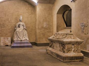 Crypte de l'église San Lorenzo à Florence en Italie