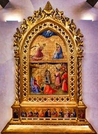 Beato Angelico, Annonciation et adoration des mages. Détrempe et feuille d'or sur bois, 1434 dans le couvent de San Marco à Florence en Italie