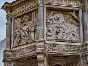Chaire de Benedetto da Maiano église Santa Croce à Florence en Italie