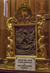 Cordon et Bure de saint François d'Assise Sacristie de l'église Santa Croce à Florence en Italie