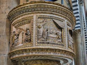 Chaire de Brunelleschi de l'église Santa Maria Novella à Florence en Italie