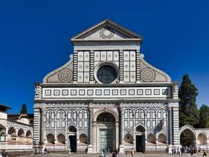 Extérieur de l'église Santa Maria Novella à Florence en Italie