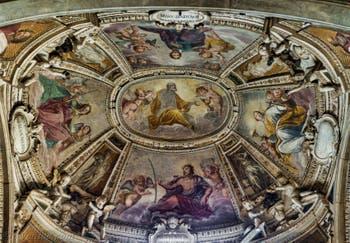 Fresques du XVe siècle, Basilique Santa Trinita à Florence en Italie