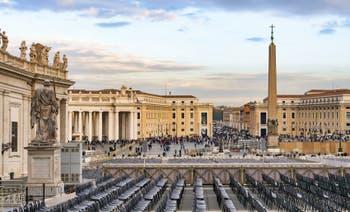 L'obélisque de la place Saint-Pierre de Rome