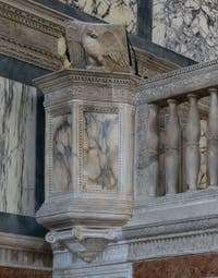 Chaire de l'église Santa Maria dei Miracoli, Sainte Marie des Miracles à Venise