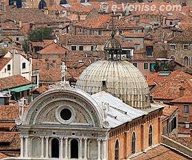 L'église de San Zaccaria vue depuis le Campanile de Saint-Marc