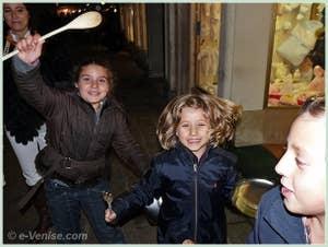 Les enfants lors de la Fête de la Saint Martin à Venise