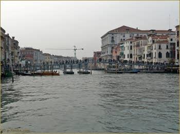 La Fête de la Madona de la Salute à Venise, le pont votif sur le grand canal