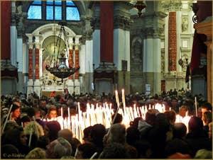 L'église de la Madona de la Salute à Venise, pendant la fête de la Salute