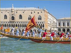 La fête de la Sensa à Venise, le palais des Doges et le pont des Soupirs.