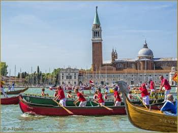 La fête de la Sensa à Venise devant le Campanile et l'île de San Giorgio Maggiore