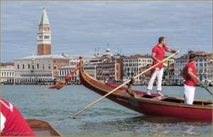 Vogalonga Venise : avant le départ, devant le Campanile de Saint-Marc et le Palais des Doges