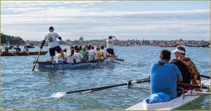 Vogalonga Venise : avant le départ, au fond, l'île du Lido